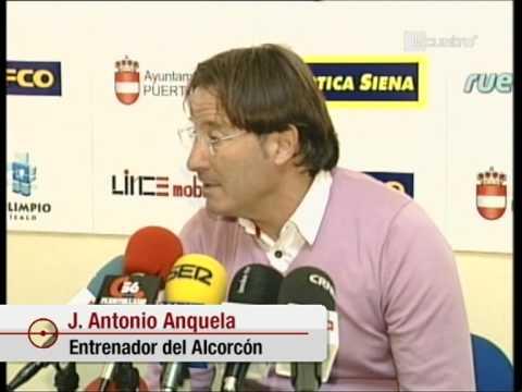 video Entrenador del Alcorcon pierde los nervios